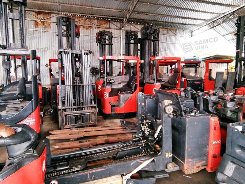 xe-nang-reach-truck-r16