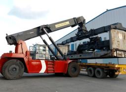 Xe nâng container Kalmar DRD100 52S6/10 tấn