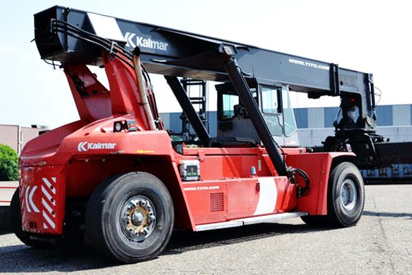 Kalmar-reachstacker-DRF450