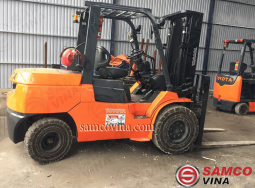Toyota forklift 5 tons usage gas