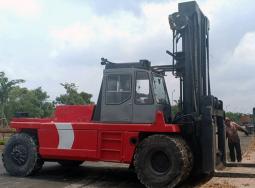 (Tiếng Việt) Xe nâng Forklif Kalmar tải trọng 35 tấn tầm nâng 8.5m