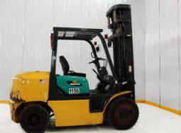 Xe nâng Komatsu FD40ZT-8 diesel tải trọng 4 tấn