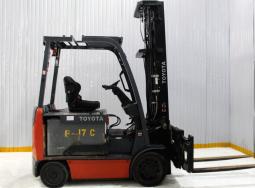 Xe nâng điện Toyota 8FBU30 – Double side shifter 3 tấn mới nhập